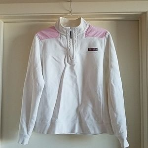 Large White/Pink Vineyard Vines half-zip pullover